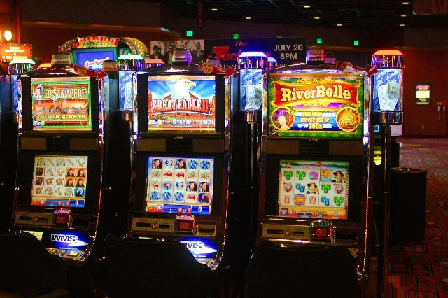 Онлайн-казино 777 Вулкан - начни играть бесплатно с бонусными поощрениями