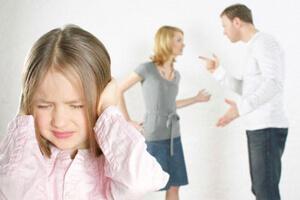 Конфликты в семье - причина курения среди подростков