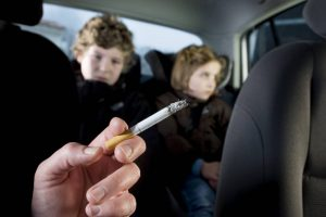 Отказ от сигарет ради защиты близких от пассивного курения