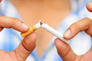 Появление болей в животе при отказе от курения