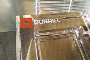 Популярность аксессуаров с логотипом Данхилл