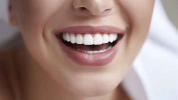 Профессиональное отбеливание зубов в Тюмени