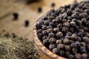 Применение масла черного перца против курения
