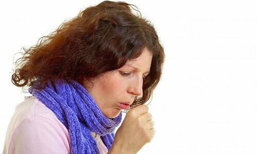 Проблема кашля у курящего человека