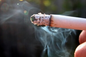 Курение - причина запаха изо рта