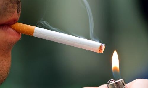 Курение сигарет Муратти