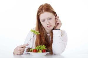 Потеря аппетита - следствие курения