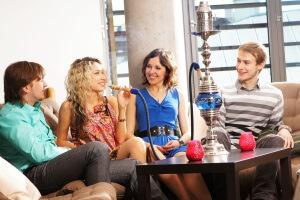 Рекомендуемый возраст для начала курения кальяна - 18 лет