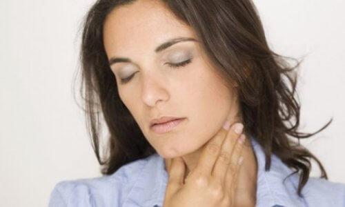 Появление першения в горле после отказа от курения