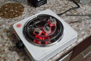 Разжигание угля на электроплите