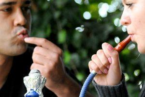 Правильные вдохи дыма кальяна