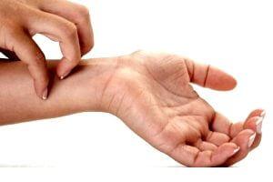 Зуд и покраснение кожи в месте ношения пластыря как побочный эффект